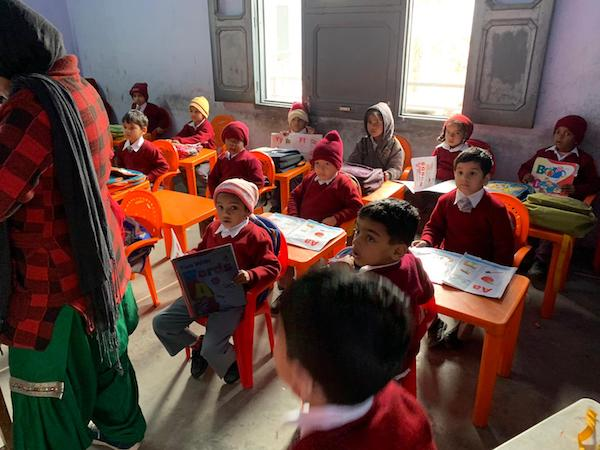 Class in India receives books from Simran Adnani