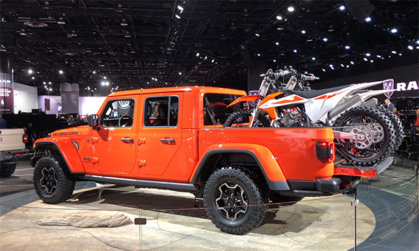 2019 Jeep Gladiator at 2019 Detroit Auto Show