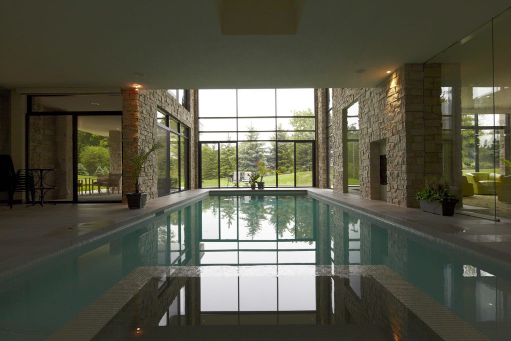 indoor pool by DesRosiers Architects