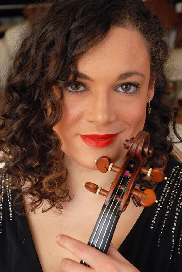 Violinist Jannina Norpoth of Sphinx Virtuosi