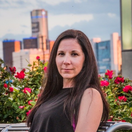 Melissa Boudreau<br>CMO Emagine Entertainment, Founder/Owner It Fits Bars<br>Ryoal Oak<br><b>Why the nominee is a SEEN Changemaker</b><br>Melissa is an complete all-star in everything she sets her mind to. Outside of her nine-to-five at Emagine Entertainment (let's be honest she works way more than that), Melissa has founded, developed, and launched her own fitness bar, become an advocate for Endometriosis awareness, and is the biggest Detroit cheerleader. Anyone who has worked with Melissa always has great things to say as she is someone who takes care of business, and has fun working with others.<br><b>Individual's accomplishments</b><br>Melissa has worked hard to become the CMO at Emagine Entertainment, and has been working on helping to grow it's presence locally and in the midwest. In her spare time she created It Fits a vegan, gluten and dairy free product that pays attention to macros - and even tastes good too! She's built up a following and has successfully launched two flavors, with more to come. Passionate and affected by endometriosis, Melissa has also become involved in advocacy for more awareness and as a mentor and confidante for many women who are having symptoms of the disease. She has brought events and shared her journey in the Detroit-Metro area and online helping numerous women who are struggling to figure out what their bodies are doing.<br><b>How is he/she impacting the community or the lives of people in Metro Detroit or across the world</b><br>Melissa is making her mark in Detroit. From hearing individual stories of women she meets or who follow her and giving advice and strategy toward coping with Endometriosis to developing her own fitness bar. She is a strong female leader who is constantly looking out for innovative and new ways to connect with people, and understands how to build a brand. When something doesn't exist - like a quick snack that satisfies her dietary restrictions - she creates it. Melissa continues to build her following, she is motivated and dedicated to Detroit and creating a true impact on the city.