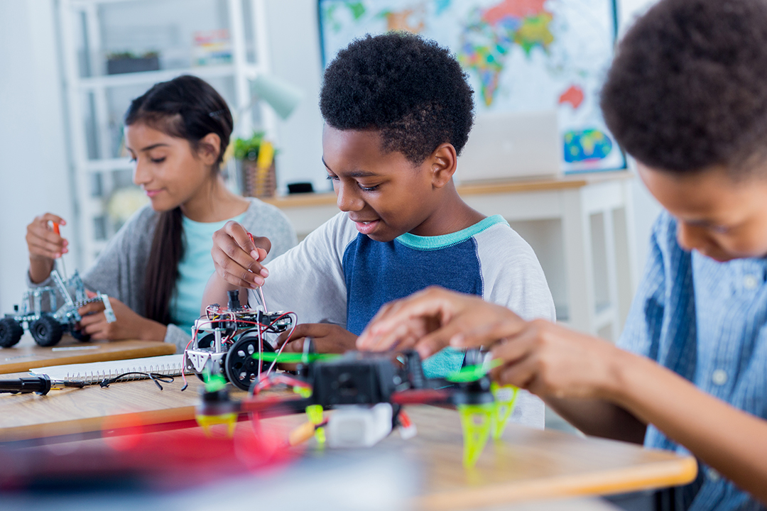 how to get kids interested in STEM