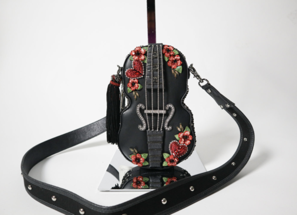 Mary Frances Heartstring Bag