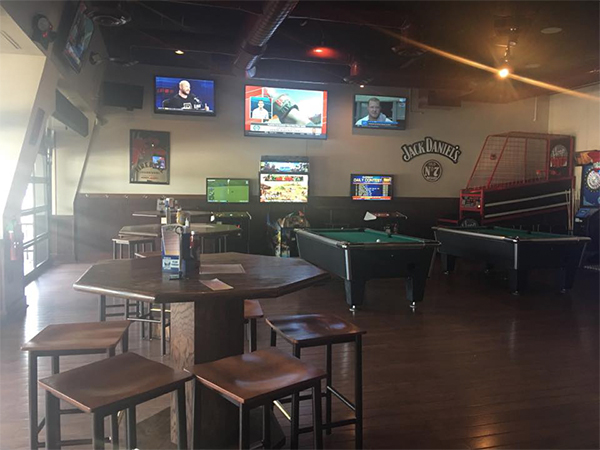 CJ Mahoney's Sports Bar and Grille