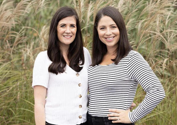 Bundled founders Courtney Taylor and Chelsea Gheesling